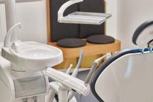 emergency dental clinic in alderley edge